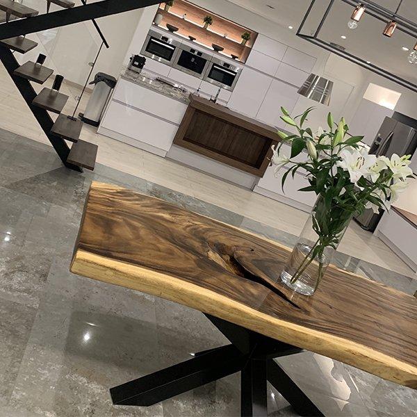 table-32-chene-unique-bois-vanelsen-wood-mouscron-herseaux-hainaut-belgique-lille-france